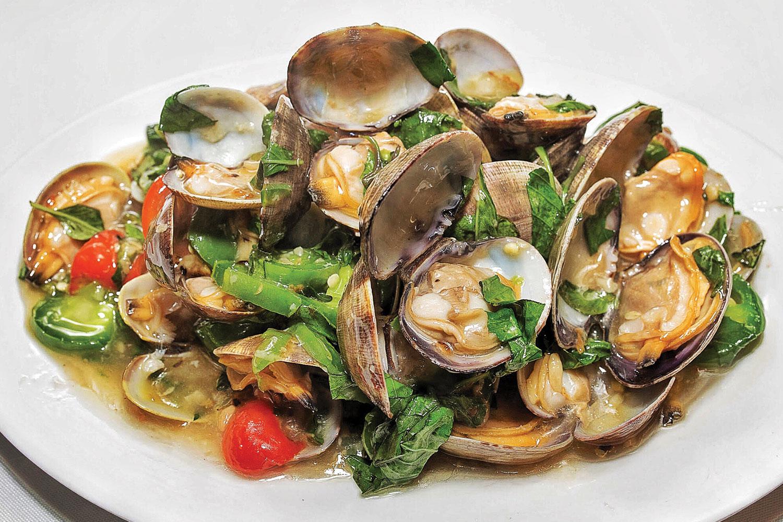 dish-clams-with-basil-sauce.jpg